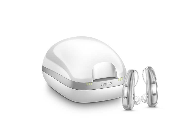 Signia Xperience inductive charger with Pure Charge&Go X hearing aids